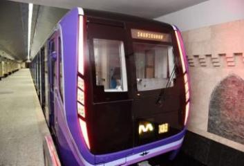В бакинском метро наблюдаются задержки в движении поездов