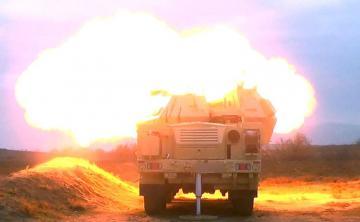 Artilleriya bölmələrinin döyüş atışlı təlimləri keçirilib - [color=red]VİDEO[/color]