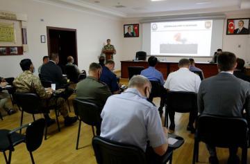 Иностранные военные атташе в Азербайджане проинформированы об оперативной ситуации на фронте