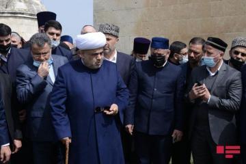 Аллахшукюр Пашазаде и главы религиозных конфессий посетили кладбище Имарет в Агдаме