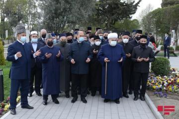 QMİ sədri Allahşükür Paşazadə və dini konfessiya rəhbərlərinin Bərdə və Ağdama səfəri başlayıb