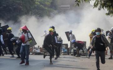 В столкновениях в Мьянме погибли почти 600 человек