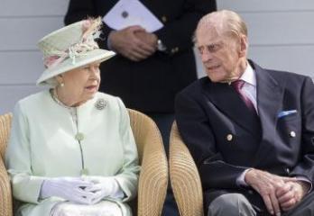 Умер супруг Елизаветы II принц Филипп