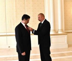 """Azərbaycan Prezidenti Türkiyə səfirini """"Dostluq"""" ordeni ilə təltif edib"""