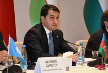 """Hikmət Hacıyev: """"Azərbaycan həqiqətlərinin dünyaya çatdırılmasında Türkiyə mediası mühüm rol oynayıb"""""""