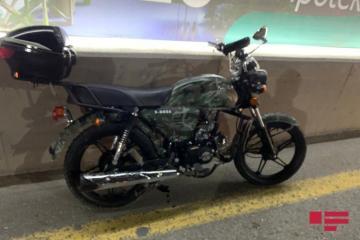 В Мингячевире мотоцикл врезался в столб, водитель погиб