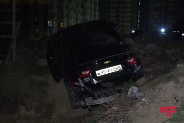 В Баку обстреляли автомобиль - [color=red]ФОТО[/color]