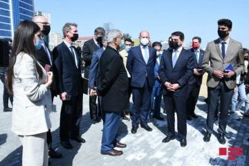 Beynəlxalq konfransın iştirakçıları Bakıda Hərbi Qənimətlər Parkı ilə tanış olublar