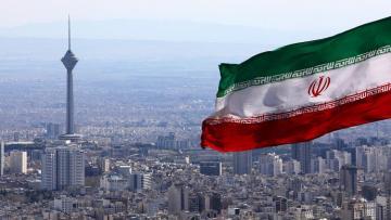 СМИ: Иран выпустил ракету по израильскому судну