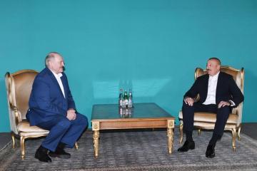 Состоялась неофициальная встреча между президентами Азербайджана и Беларуси