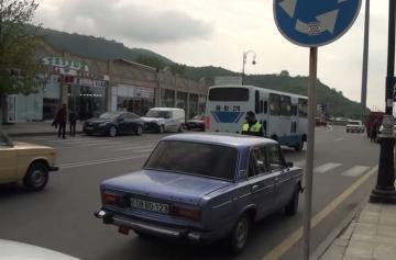 Yol polisi reyd keçirib, qaydaları pozanlar barədə protokol tərtib olunub