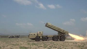 Проводятся тактические учения ракетно-артиллерийских батарей с боевой стрельбой - [color=red]ВИДЕО[/color]