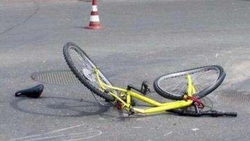 Bakıda velosipedçini avtomobil vurub