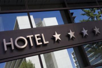 Доходы отелей в Азербайджане снизились на 43%