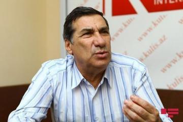 Народный артист Ариф Гулиев подключен к устройству ЭКMO