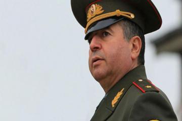 Аршак Карапетян освобожден от должности первого замминистра обороны