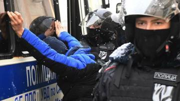 В России прошли акции протеста - [color=red]ФОТО[/color]
