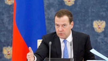 Медведев: Урегулирование карабахского конфликта необходимо обсуждать с Турцией