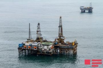 Цена азербайджанской нефти превысила 60 долларов