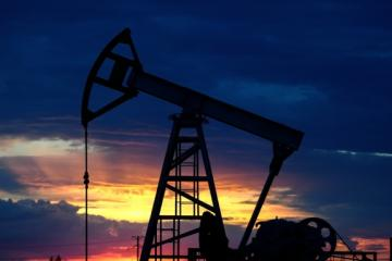 Цена нефти Brent поднялась выше 62 долларов за баррель
