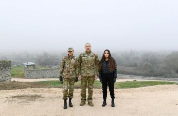 Президент Ильхам Алиев и первая леди Мехрибан Алиева побывали в Физулинском, Зангиланском, Лачинском и Джабраильском районах