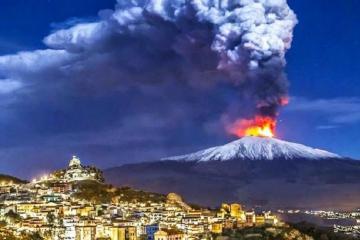 Etna vulkanı püskürməyə başlayıb