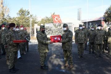 Азербайджанские военнослужащие, находившиеся на учениях в Турции, вернулись на родину