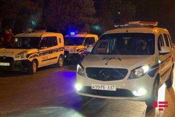 В Баку автомобиль сбил супружескую пару