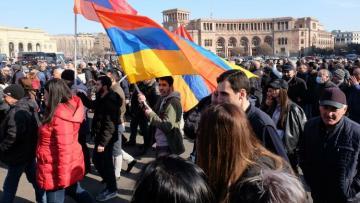 Оппозиция заявила о начале «решающих дней» в Армении