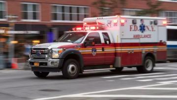 В США выявили более 160 тысяч случаев COVID-19 за сутки