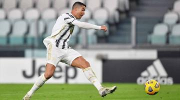 Ronaldo qol sayında Peleni keçib