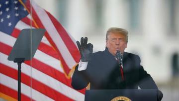 Трамп опубликовал видеообращение к протестующим