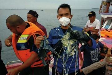 Найдены черные ящики упавшего индонезийского самолета