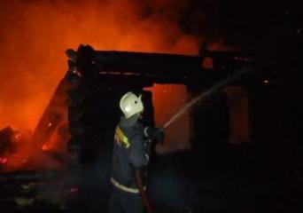 В России семь человек погибли при пожаре в частном доме