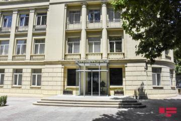 В азербайджанских вузах началась экзаменационная сессия осеннего семестра