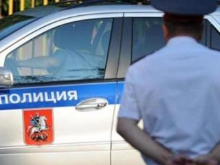 Moskvada polis ona bıçaqla hücum edən kişini güllələyərək öldürüb
