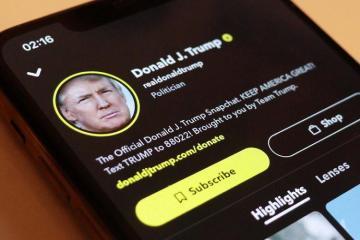"""KİV: """"Snapchat"""" Baydenin andiçməsi günündə Trampın hesabını həmişəlik bloklayacaq"""
