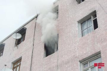 В Шуше произошел пожар в пятиэтажном здании