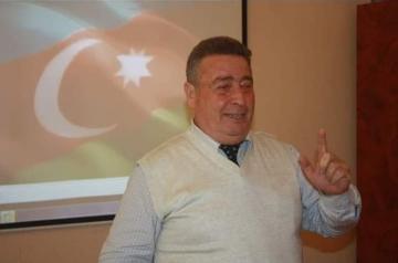 В Азербайджане преподаватель университета скончался от коронавируса