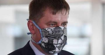 Глава МИД Чехии заразился коронавирусом