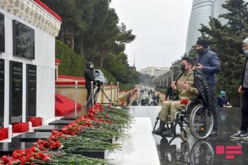 Şəhidlər Xiyabanı - Qürur və and yerimiz - [color=red]FOTOSESSİYA[/color]