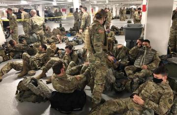 Сотни охранявших Капитолий нацгвардейцев заболели COVID-19