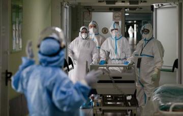 В Британии выявили более 33 тысяч случаев COVID-19 за сутки