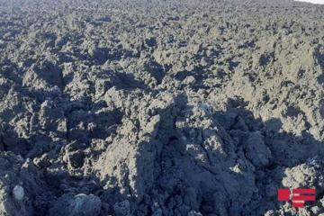 На территории села Гушчу Шамахинского района произошло извержение вулкана, на стенах 3 домов образовались трещины – [color=red]ОБНОВЛЕНО[/color]