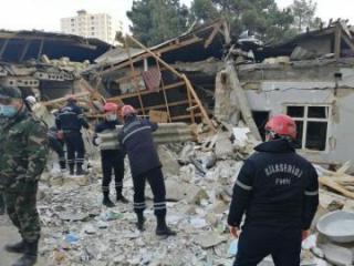 МЧС: Поисково-спасательная операция в Хырдалане продолжается