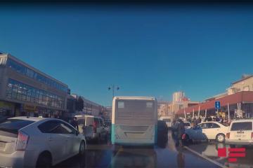 BNA: Avtobus zolaqları boyunca kütləvi qanunsuz parklanma halları müşahidə olunur