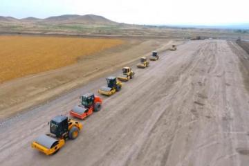 Продолжается строительство автомобильной дороги Горадиз-Джабраил-Зангилан-Агбенд-[color=red]ФОТО[/color]
