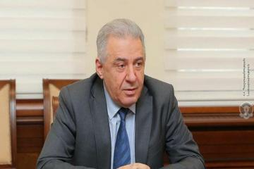 Министр обороны Армении ушел в отставку