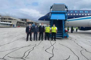 """Самолет AZAL доставил в Боснию и Герцеговину вакцины против коронавируса-<span class=""""red_color"""">ФОТО</span>"""