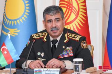 Закир Гасанов выразил соболезнования министру обороны и начальнику Генерального штаба ВС Турции